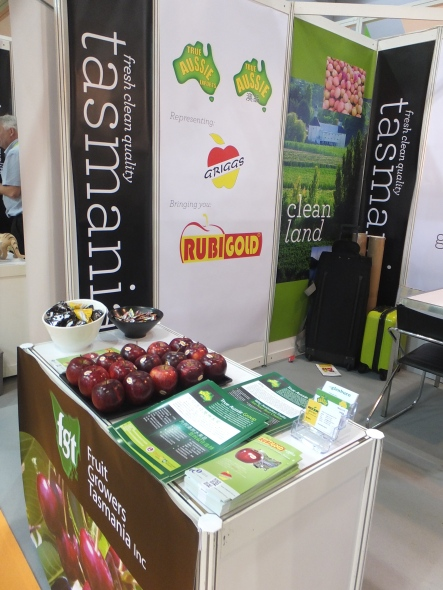 Tasmanian Rubigold apples on display in Hong Kong
